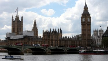 Palace of Westminster - Houses of Parliament - Brücke - London