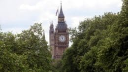 Big Ben - Elizabeth Tower - Uhrturm - Gebäude - Palace of Westminister - London